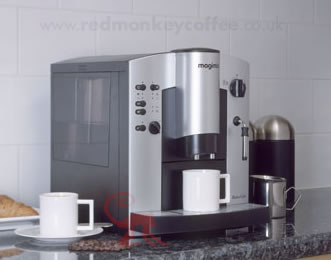 magimix 1154 le robot caf r500 uk automatic bean to cup robo cafe espresso machine red. Black Bedroom Furniture Sets. Home Design Ideas
